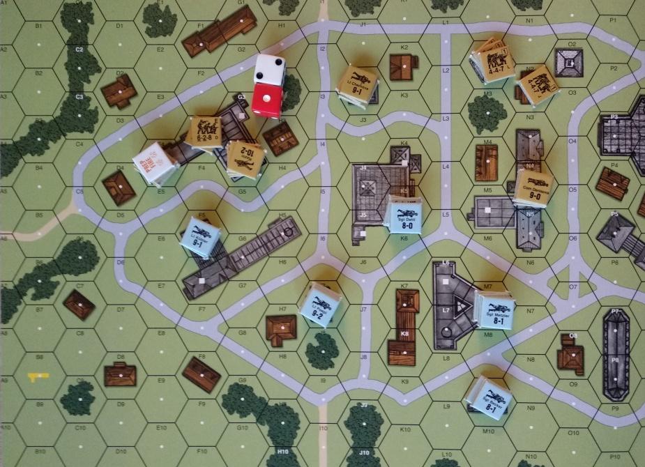 Armia czerwona - na brązowo; Niemcy - na niebiesko. Cel Sowietów: zdobyć dwa dodatkowe budynki lub mieć przewagę 3:1.